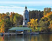 Champlain Memorial Lighthouse - Lakeside view