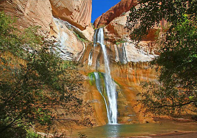 Calf Creek Falls - Calf Creek Rec Area, Grand Staircase-Escalante National Monument, Utah