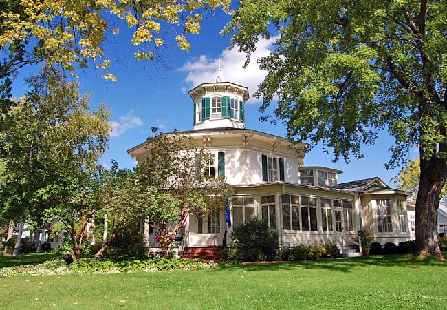 Octagon House Museum - Hudson, Wisconsin