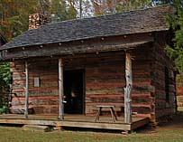 Murphree_Hollinsworth Log Cabin - Hagood Mill