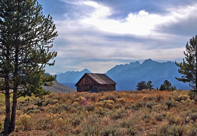 Sawtooth Mountains - Sawtooth Scenic Byway, Idaho