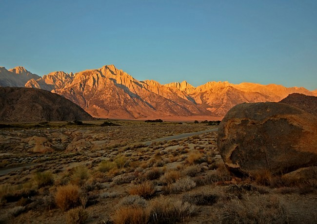 Nevada mountain range 28 images geography of the for Teinture cuir canape